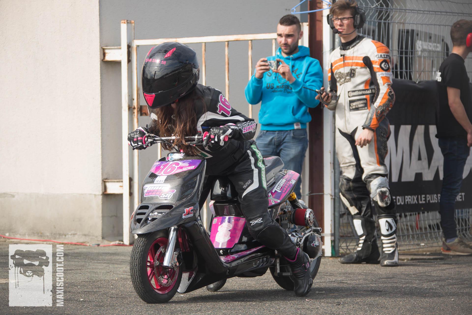 MXS Racing racing riders